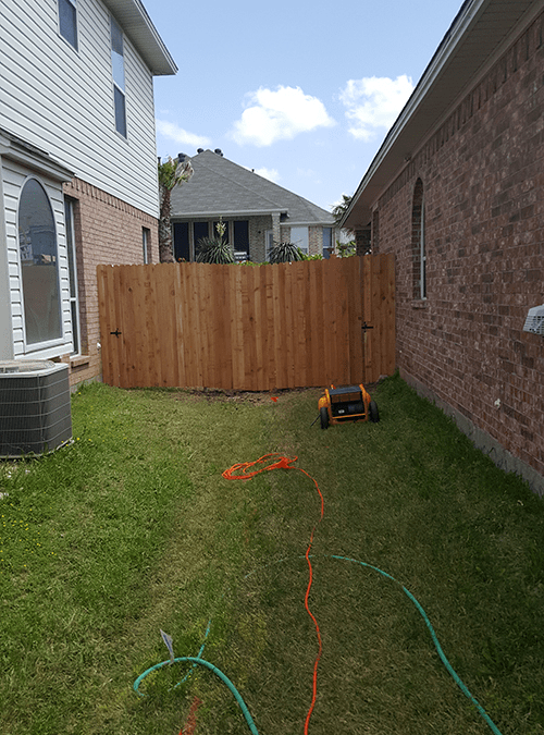 Fencing Amp Fence Repair The Eagle Roofing Company